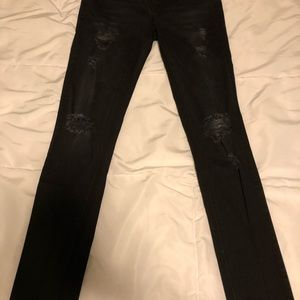 Maurices  SMALL REGULAR Jeggings BLACK w HOLES